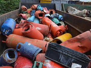 Metal theft, assorted gas cylinders